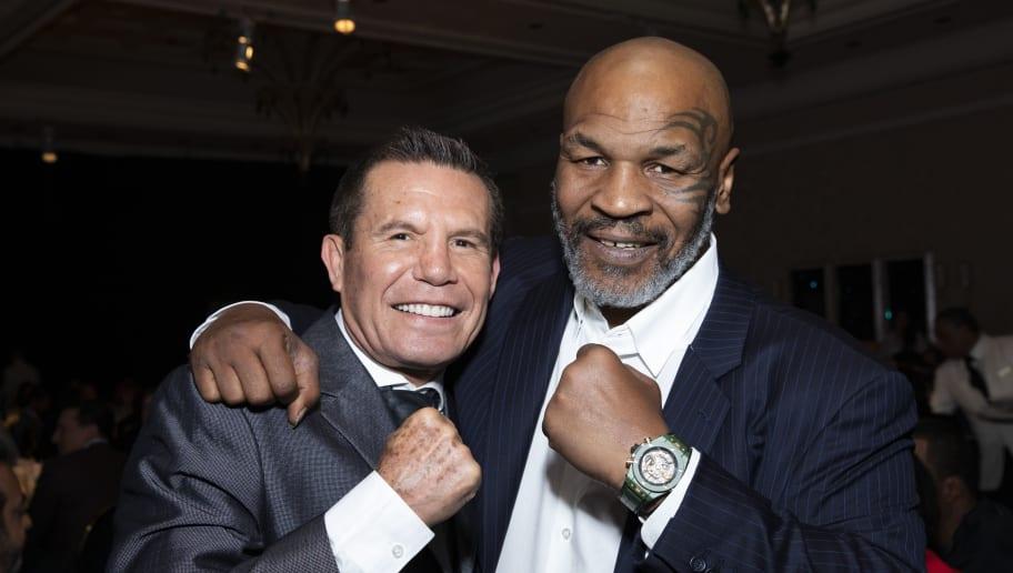 Mike Tyson,Julio Cesar Chavez