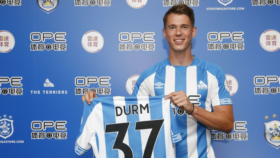 HUDDERSFIELD, ENGLAND - JULY 13: Huddersfield Town unveil new signing Erik Durm at the John Smith's Stadium on July 13, 2018 in Huddersfield, England. (Photo by John Early/Getty Images)