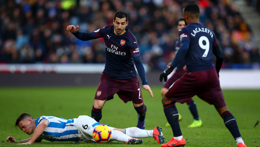 Huddersfield Vs Arsenal: Premier League: Three Things We Learned From Arsenal's 2-1