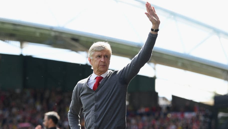 HUDDERSFIELD, ENGLAND - MAY 13:  Arsenal manager Arsene Wenger acknowledges the crowd during the Premier League match between Huddersfield Town and Arsenal at John Smith's Stadium on May 13, 2018 in Huddersfield, England.  (Photo by Shaun Botterill/Getty Images)