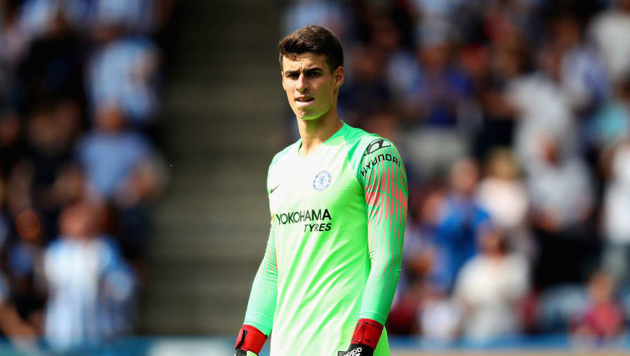 HUDDERSFIELD, ENGLAND - AUGUST 11:  Kepa Arrizabalaga of Chelsea in action during the Premier League match between Huddersfield Town and Chelsea FC at John Smith's Stadium on August 11, 2018 in Huddersfield, United Kingdom.  (Photo by Chris Brunskill/Fantasista/Getty Images)