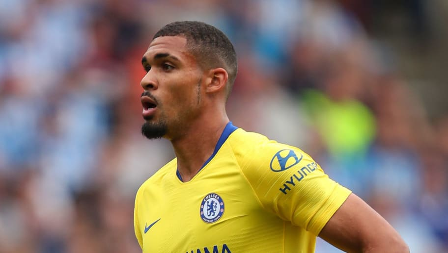 HUDDERSFIELD, ENGLAND - AUGUST 11: Ruben Loftus-Cheek of Chelsea during the Premier League match between Huddersfield Town and Chelsea FC at John Smith's Stadium on August 11, 2018 in Huddersfield, United Kingdom. (Photo by Robbie Jay Barratt - AMA/Getty Images)