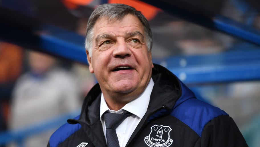 HUDDERSFIELD, ENGLAND - APRIL 28:  Sam Allardyce, Manager of Everton looks on during the Premier League match between Huddersfield Town and Everton at John Smith's Stadium on April 28, 2018 in Huddersfield, England.  (Photo by Gareth Copley/Getty Images)