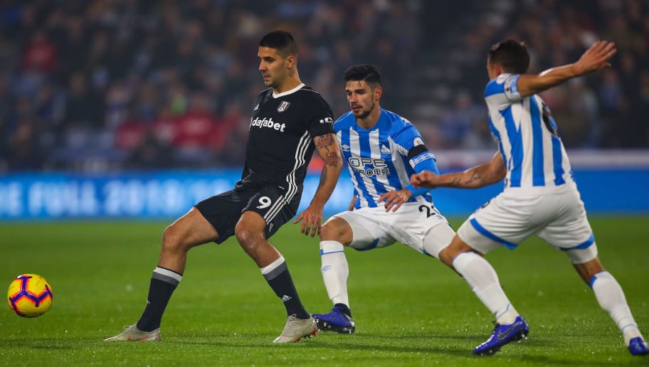 HUDDERSFIELD, ENGLAND - NOVEMBER 05: Aleksandar Mitrovic of Fulham during the Premier League match between Huddersfield Town and Fulham FC at John Smith's Stadium on November 5, 2018 in Huddersfield, United Kingdom. (Photo by Robbie Jay Barratt - AMA/Getty Images)