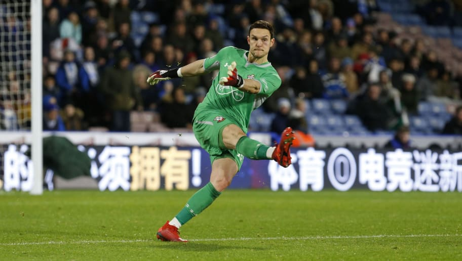 HUDDERSFIELD, ENGLAND - DECEMBER 22: Alex McCarthy of Southampton during the Premier League match between Huddersfield Town and Southampton FC at John Smith's Stadium on December 22, 2018 in Huddersfield, United Kingdom. (Photo by John Early/Getty Images)