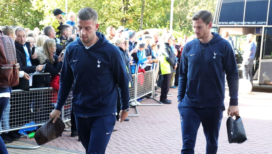 HUDDERSFIELD, ENGLAND - SEPTEMBER 29: Toby Alderweireld and Jan Vertonghen of Tottenaham Hotspur arrives at the stadium ahead of during the Premier League match between Huddersfield Town and Tottenham Hotspur at John Smith's Stadium on September 29, 2018 in Huddersfield, United Kingdom.  (Photo by Alex Morton/Getty Images)