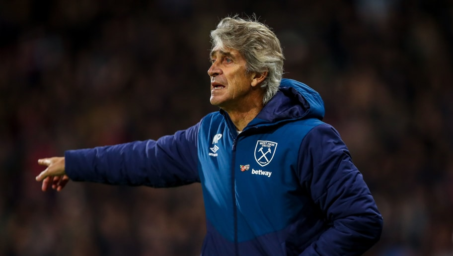 HUDDERSFIELD, ENGLAND - NOVEMBER 10: Manuel Pellegrini the head coach / manager of West Ham United reacts during the Premier League match between Huddersfield Town and West Ham United at John Smith's Stadium on November 10, 2018 in Huddersfield, United Kingdom. (Photo by Robbie Jay Barratt - AMA/Getty Images)