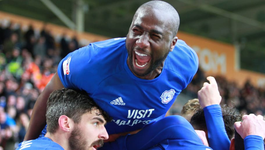 HULL, ENGLAND - APRIL 28: Souleymane Bamba and Cardiff City celebrate during the Sky Bet Championship match between Hull City and Cardiff City at KCOM Stadium on April 28, 2018 in Hull, England. (Photo by Ashley Allen/Getty Images)
