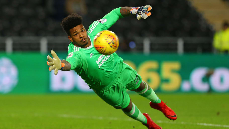 HULL, ENGLAND - FEBRUARY 23: Jamal Blackman of Sheffield United dives towards the far post during the Sky Bet Championship match between Hull City and Sheffield United at KCOM Stadium on February 23, 2018 in Hull, England. (Photo by Ashley Allen/Getty Images)