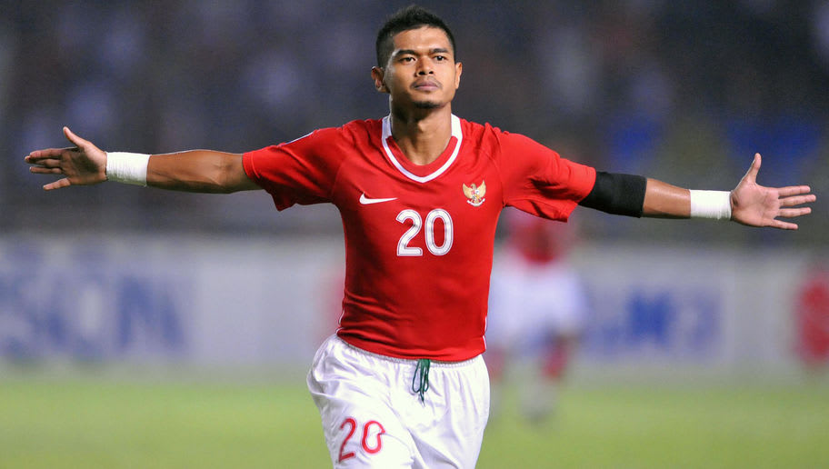 Indonesia's Bambang Pamungkas celebrates