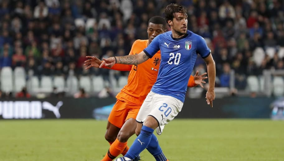 (L-R) Georginio Wijnaldum of Holland, Simone Verdi of Italy during the International friendly match between Italy and The Netherlands at Allianz Stadium on June 04, 2018 in Turin, Italy(Photo by VI Images via Getty Images)