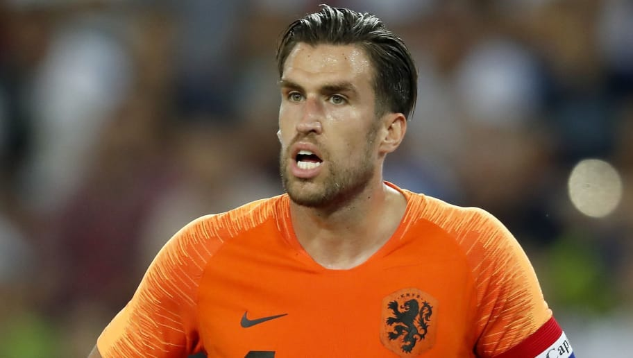 Man United target Kevin Strootman wants England move, says