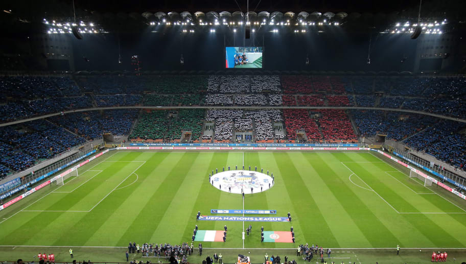 MILAN, ITALY - NOVEMBER 17:  Italy fans fans show their support prior to the UEFA Nations League A group three match between Italy and Portugal at Stadio Giuseppe Meazza on November 17, 2018 in Milan, Italy.  (Photo by Emilio Andreoli/Getty Images)