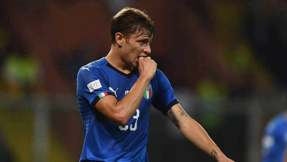GENOA, ITALY - OCTOBER 10:  Nicolo Barella of Italy in action during the International Friendly match between Italy and Ukraine on October 10, 2018 in Genoa, Italy.  (Photo by Claudio Villa/Getty Images)