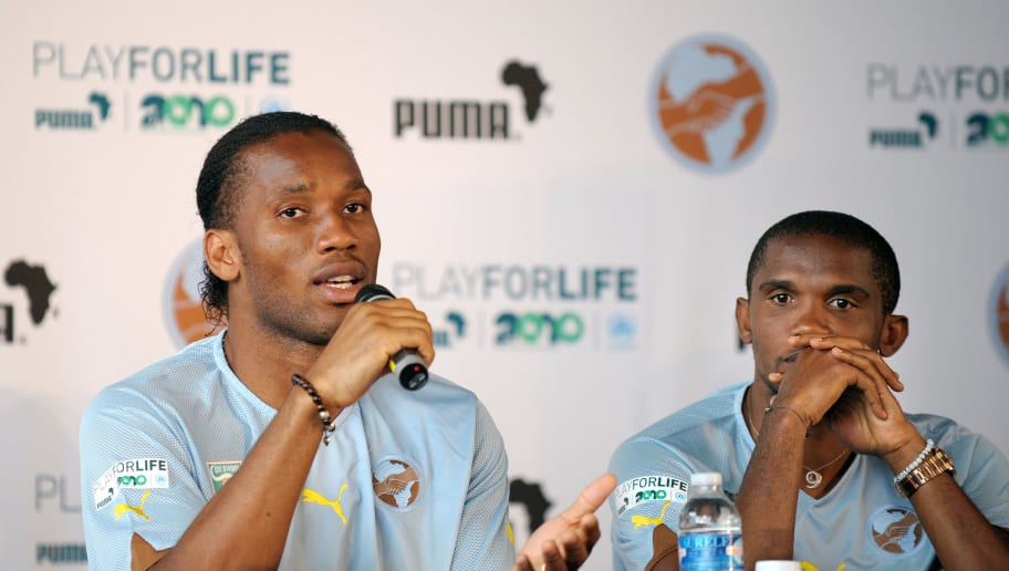 Ivorian football player Didier Drogba (L