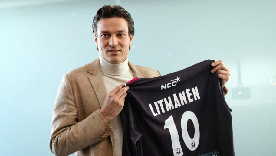 Jari Litmanen, 33, shows his new jersey