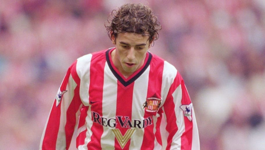 18 Aug 2001:  Julio Arca of Sunderland runs with the ball during the FA Barclaycard Premiership match against Ipswich Town played at the Stadium of Light, in Sunderland, England. Sunderland won the match 1-0. \ Mandatory Credit: Stu Forster /Allsport