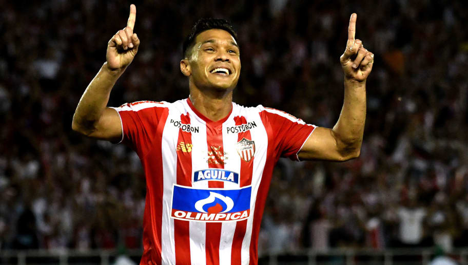 BARRANQUILLA, COLOMBIA - DECEMBER 08: Teofilo Gutierrez of Atletico Junior, celebrates after scoring his team's third goal during the first leg final match between Junior and Independiente Medellin as part of Torneo Clausura of Liga Aguila 2018 at Metropolitano Roberto Melendez Stadium on December 08, 2018 in Barranquilla, Colombia. (Photo by Luis Ramirez/Getty Images)