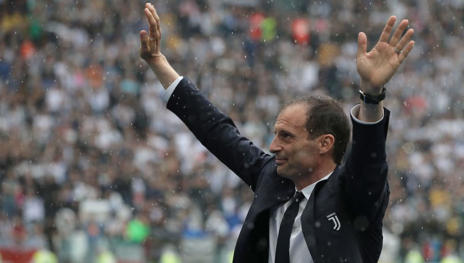 TURIN, ITALY - MAY 19:  Juventus FC coach Massimiliano Allegri greets the fans during the serie A match between Juventus and Hellas Verona FC at Allianz Stadium on May 19, 2018 in Turin, Italy.  (Photo by Emilio Andreoli/Getty Images)