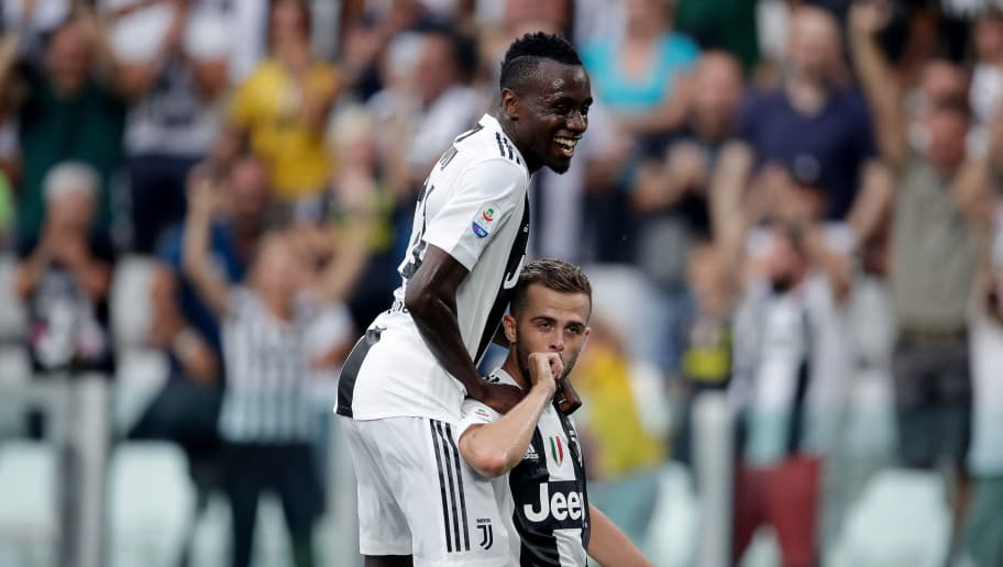 TURIN, ITALY - AUGUST 25: Miralem Pjanic of Juventus celebrates 1-0 with Blaise Matuidi of Juventus  during the Italian Serie A   match between Juventus v Lazio at the Allianz Stadium on August 25, 2018 in Turin Italy (Photo by Laurens Lindhout/Soccrates/Getty Images)