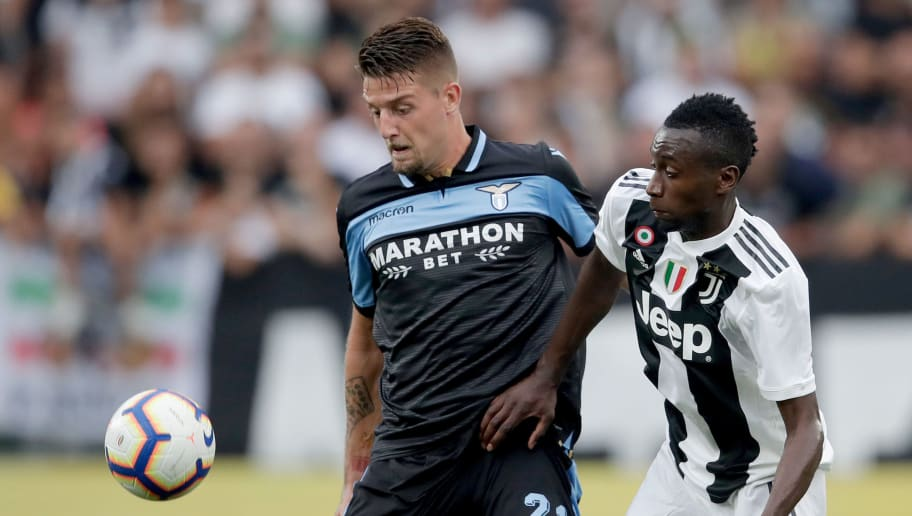 TURIN, ITALY - AUGUST 25: (L-R) Sergej Milinkovic Savic of Lazio Roma, Blaise Matuidi of Juventus during the Italian Serie A   match between Juventus v Lazio at the Allianz Stadium on August 25, 2018 in Turin Italy (Photo by Laurens Lindhout/Soccrates/Getty Images)
