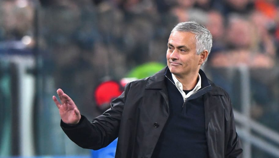 TURIN, ITALY - NOVEMBER 07: José Mourinho head coach of Manchester United FC gestures during the Group H match of the UEFA Champions League between Juventus and Manchester United at Juventus Stadium on November 7, 2018 in Turin, Italy.  (Photo by Alessandro Sabattini/Getty Images )