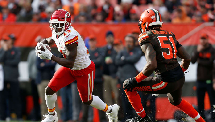 CLEVELAND, OH - NOVEMBER 4:  Sammy Watkins #14 of the Kansas City Chiefs attempts to run the ball past Jamie Collins Sr. #51 of the Cleveland Browns during the game at FirstEnergy Stadium on November 4, 2018 in Cleveland, Ohio. (Photo by Kirk Irwin/Getty Images)