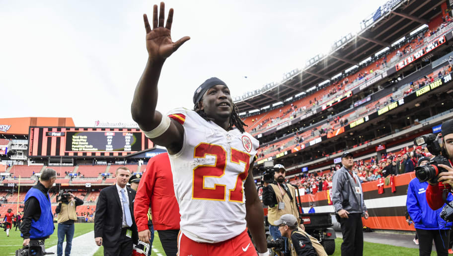 new style 0a869 c3681 Chiefs GM Leaves Door Open for Possible Kareem Hunt Return ...