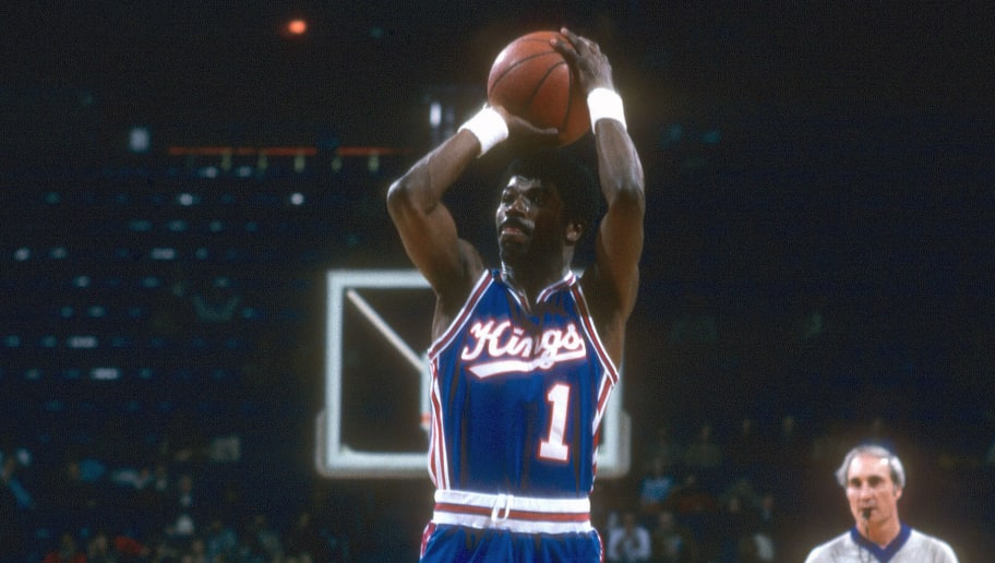 LANDOVER, MD - CIRCA 1982: Phil Ford #1 of the Kansas City Kings shoots against the Washington Bullets during an NBA basketball game circa 1982 at the Capital Centre in Landover, Maryland. Ford played for the Kings from 1978-82. (Photo by Focus on Sport/Getty Images)