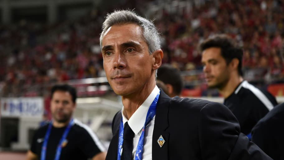 KASHIMA, JAPAN - AUGUST 28:  Tianjin Quanjian head coach Paulo Sousa looks on prior to the AFC Champions League Round of 16 first leg match between Kashima Antlers and Tianjin Quanjian at Kashima Soccer Stadium on August 28, 2018 in Kashima, Ibaraki, Japan.  (Photo by Etsuo Hara/Getty Images)