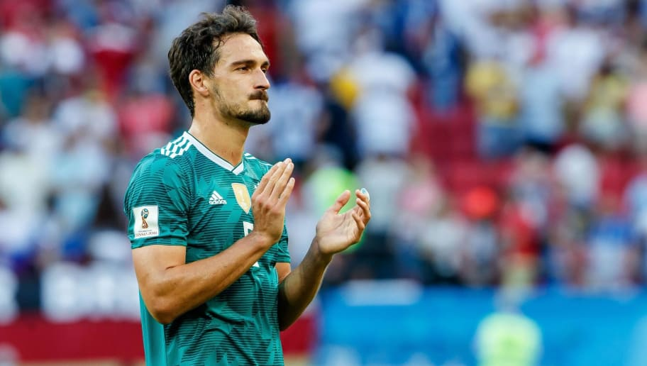 KAZAN, RUSSIA - JUNE 27: Mats Hummels of Germany controls the ball during the 2018 FIFA World Cup Russia group F match between Korea Republic and Germany at Kazan Arena on June 27, 2018 in Kazan, Russia. (Photo by TF-Images/Getty Images)