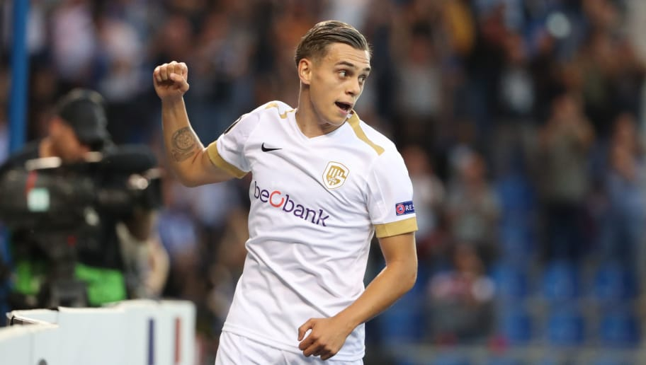 GENK, BELGIUM - SEPTEMBER 20: Leandro Trossard celebrates after scoring a goal during the UEFA Europa League Group I match between KRC Genk and Malmo at Cristal Arena on September 20, 2018 in Genk, Belgium. (Photo by Vincent Van Doornick/Isosport/MB Media/Getty Images)
