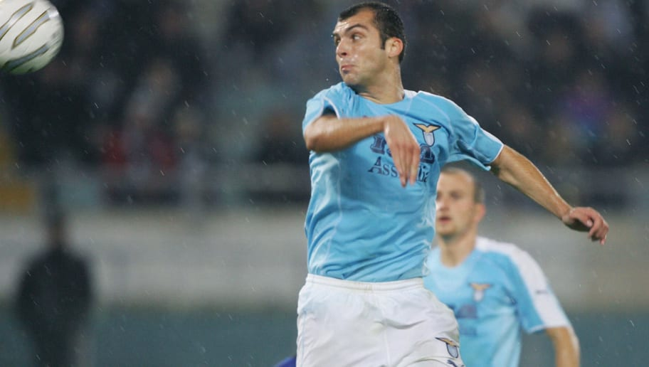 Lazio's Pandev Goran (C) jumps for an he
