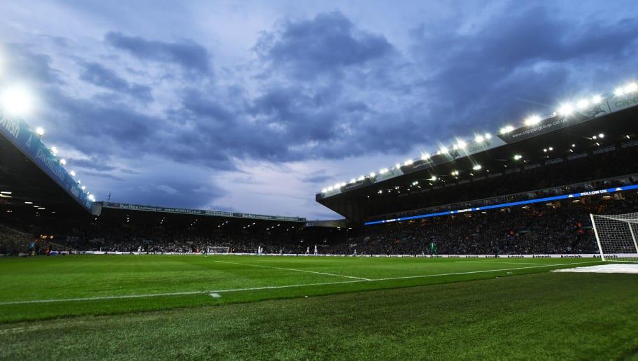 Leeds United v Brentford - Sky Bet Championship