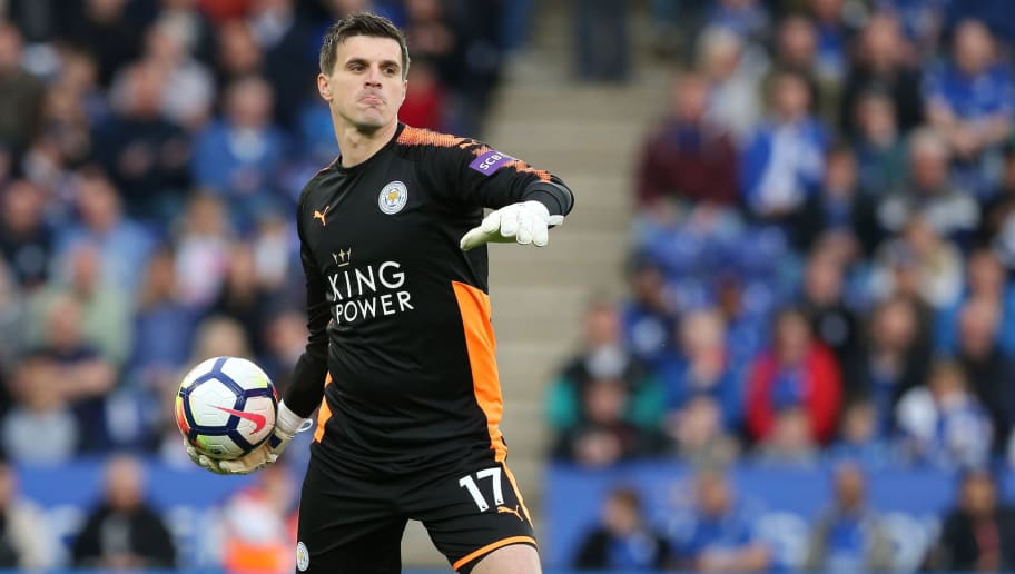 LEICESTER, ENGLAND - MAY 09: Eldin Jakupovic of Leicester City during the Premier League match between Leicester City and Arsenal at The King Power Stadium on May 9, 2018 in Leicester, England. (Photo by James Williamson - AMA/Getty Images)