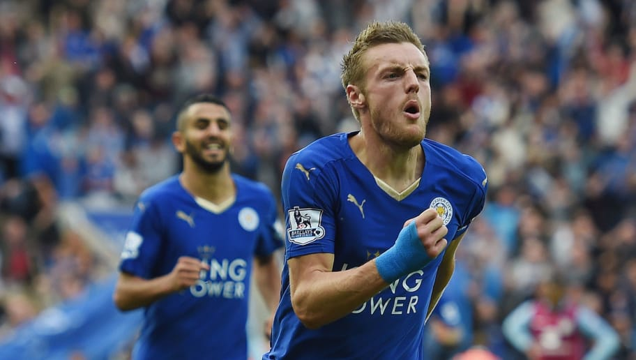 LEICESTER, ENGLAND - SEPTEMBER 13: Jamie Vardy of Leicester City celebrates scoring to make it 2-2 during the Barclays Premier League match between Leicester City and Aston Villa on September 13, 2015 in Leicester, United Kingdom.  (Photo by Michael Regan/Getty Images)