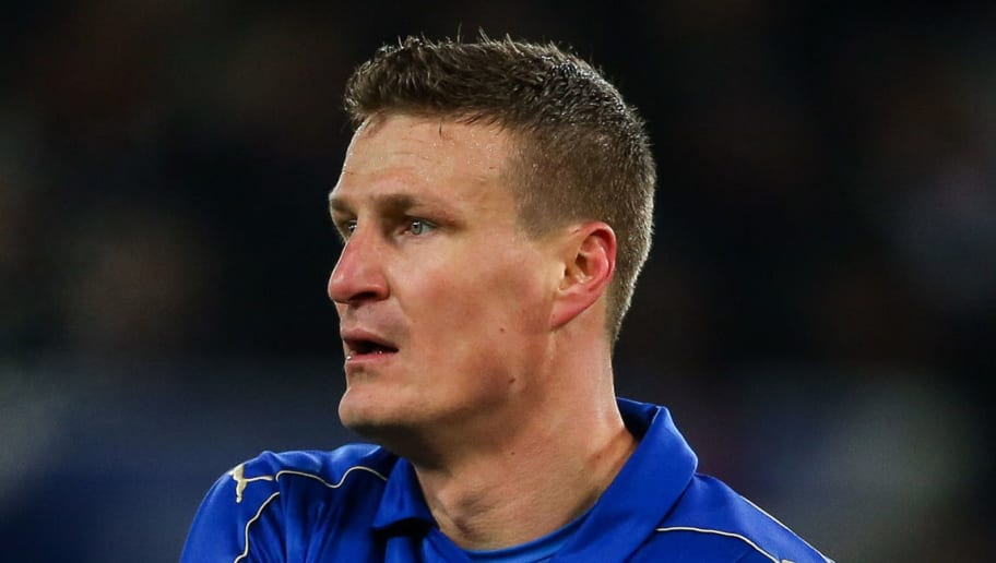 LEICESTER, ENGLAND - JANUARY 14: Roberth Huth of Leicester City during the Premier League match between Leicester City and Chelsea at The King Power Stadium on January 14, 2017 in Leicester, England. (Photo by Robbie Jay Barratt - AMA/Getty Images)