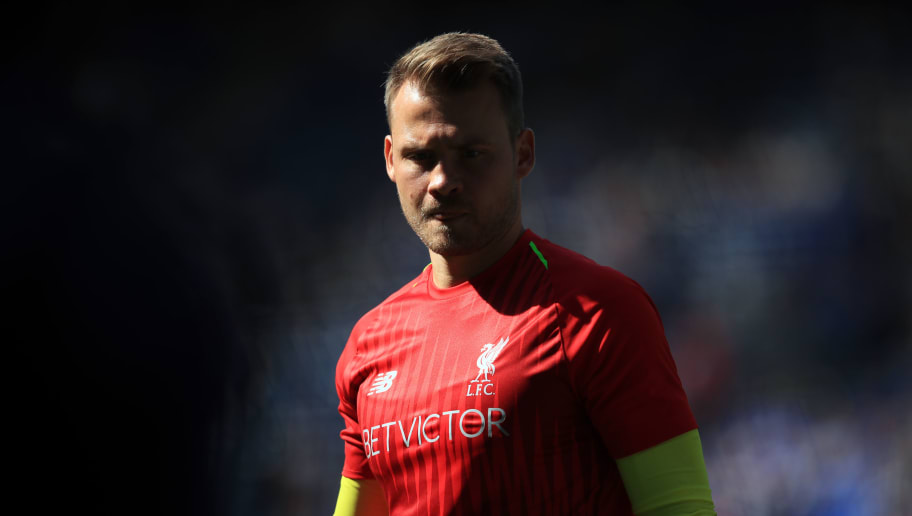 LEICESTER, ENGLAND - SEPTEMBER 01:  Liverpool goalkeeper Simon Mignolet during the Premier League match between Leicester City and Liverpool FC at The King Power Stadium on September 1, 2018 in Leicester, United Kingdom. (Photo by Marc Atkins/Getty Images)