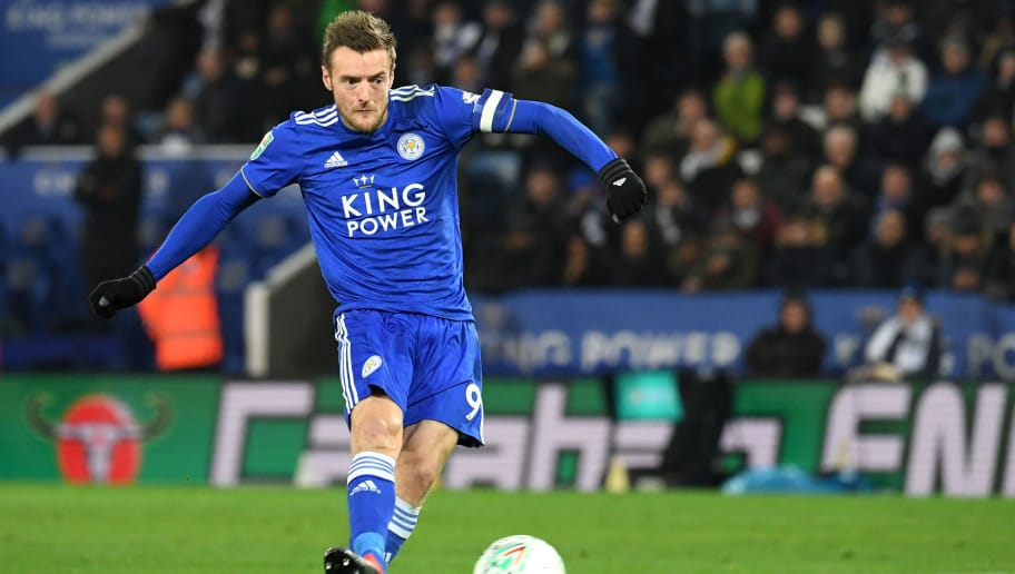 LEICESTER, ENGLAND - NOVEMBER 27: Jamie Vardy of Leicester City takes and scores during the penalty shoot out during the Carabao Cup Fourth Round match between Leicester City and Southampton at The King Power Stadium on November 27, 2018 in Leicester, England.  (Photo by Ross Kinnaird/Getty Images)