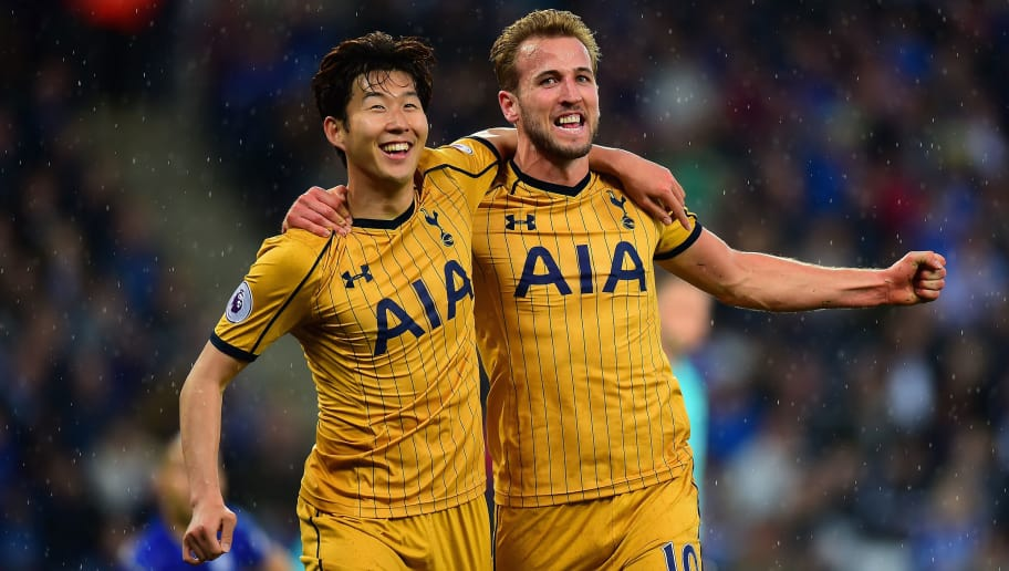 LEICESTER, ENGLAND - MAY 18:  Harry Kane of Tottenham Hotspur (right) celebrates scoring their first goal with Son Heung-min of Tottenham Hotspur during the Premier League match between Leicester City and Tottenham Hotspur at The King Power Stadium on May 18, 2017 in Leicester, England.  (Photo by Tony Marshall/Getty Images)