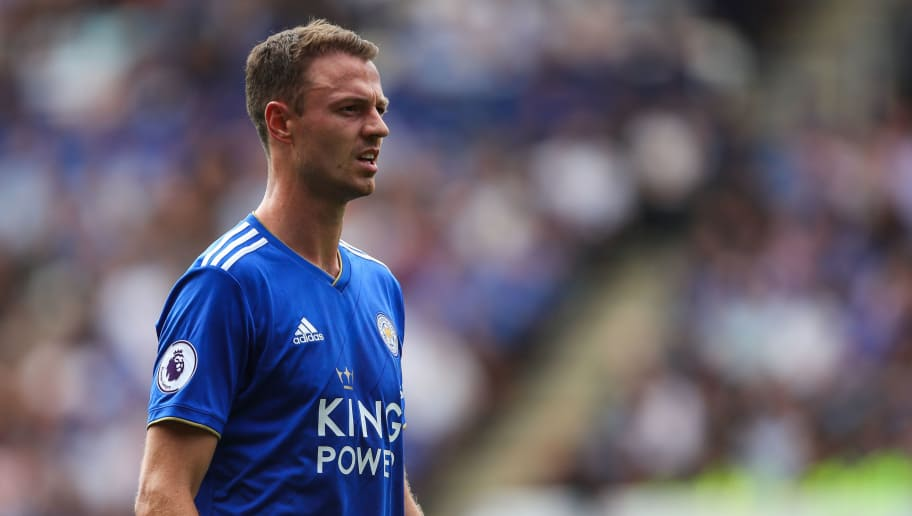 LEICESTER, ENGLAND - AUGUST 18: Jonny Evans of Leicester City during the Premier League match between Leicester City and Wolverhampton Wanderers at The King Power Stadium on August 18, 2018 in Leicester, United Kingdom. (Photo by Robbie Jay Barratt - AMAGetty Images)