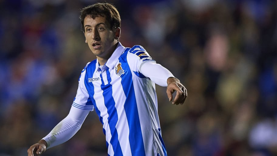 VALENCIA, SPAIN - NOVEMBER 09:  Mikel Oyarzabal of Real Sociedad reacts during the La Liga match between Levante UD and Real Sociedad at Ciutat de Valencia on November 9, 2018 in Valencia, Spain.  (Photo by Quality Sport Images/Getty Images)