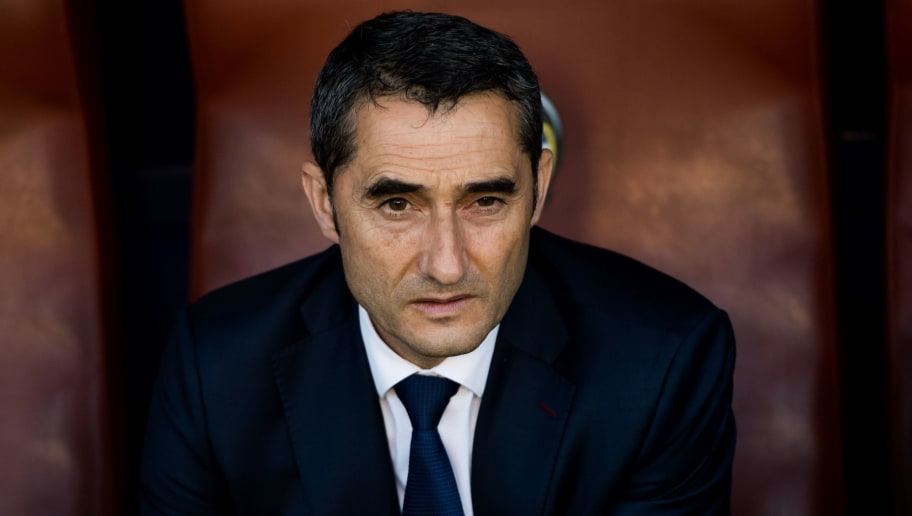 VALENCIA, SPAIN - MAY 13: Head coach Ernesto Valverde of FC Barcelona looks on before the La Liga match between Levante UD and FC Barcelona at Estadi Ciutat de Valencia on May 13, 2018 in Valencia, Spain. (Photo by Alex Caparros/Getty Images)