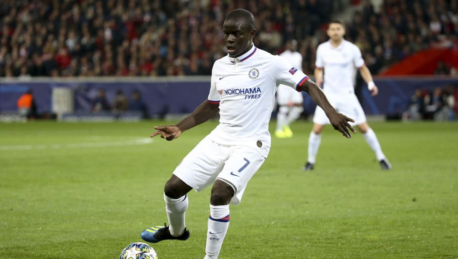 """Juventus Boss Maurizio Sarri Wants to Sign N'Golo Kante to Complete His """"Dream Midfield"""""""