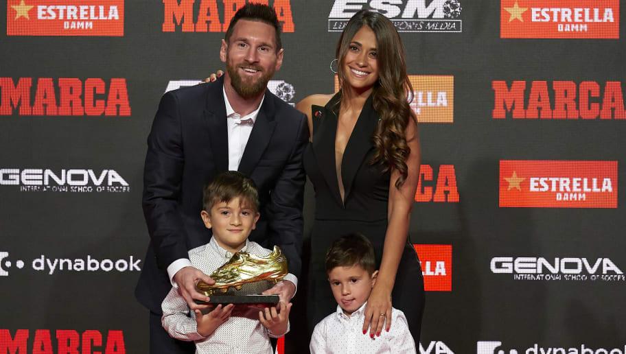VIDÉO : Messi entraine ses enfants à jouer au foot... à l'intérieur de la maison