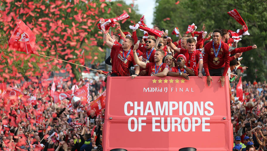 Liverpool Victory Parade Twitter Reacts As Reds Celebrate
