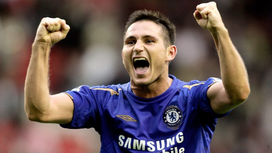 LIVERPOOL, UNITED KINGDOM - OCTOBER 02:  Frank Lampard of Chelsea celebrates the victory after the Barclays Premiership match between Liverpool and Chelsea at Anfield on October 2, 2005 in Liverpool, England.  (Photo by Ben Radford/Getty Images)