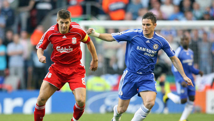 Liverpool, UNITED KINGDOM: Liverpools Steven Gerrard (L) vies for the ball with Chelsea's Frank Lampard during their European Champions League semi final first leg football match at Anfield, Liverpool, north west England, 01 May 2007. AFP PHOTO/PAUL ELLIS (Photo credit should read PAUL ELLIS/AFP/Getty Images)
