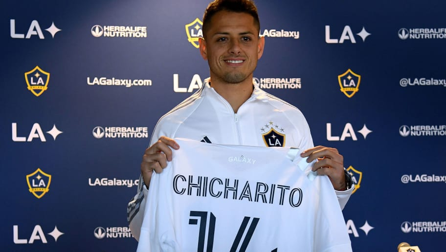Javier Hernandez in Tears After Telling His Parents About Switch to LA Galaxy