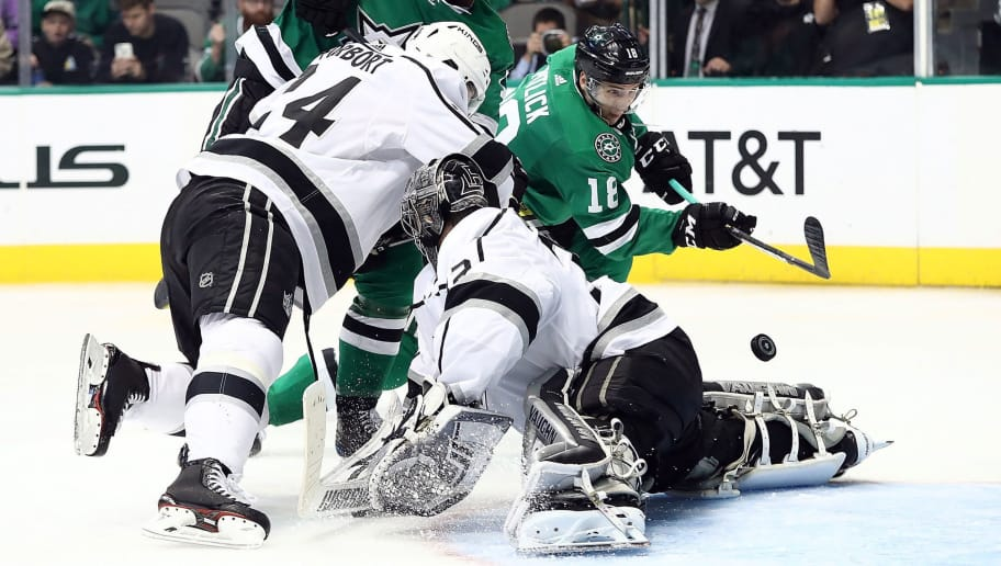 DALLAS, TX - OCTOBER 23:  Tyler Pitlick #18 of the Dallas Stars scores a goal against Jonathan Quick #32 of the Los Angeles Kings in the third period at American Airlines Center on October 23, 2018 in Dallas, Texas.  (Photo by Ronald Martinez/Getty Images)